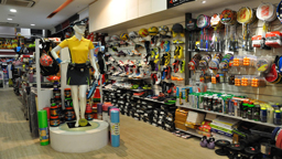 تجهیزات ورزشی century sports deccan gymkhana pune sports goods 256